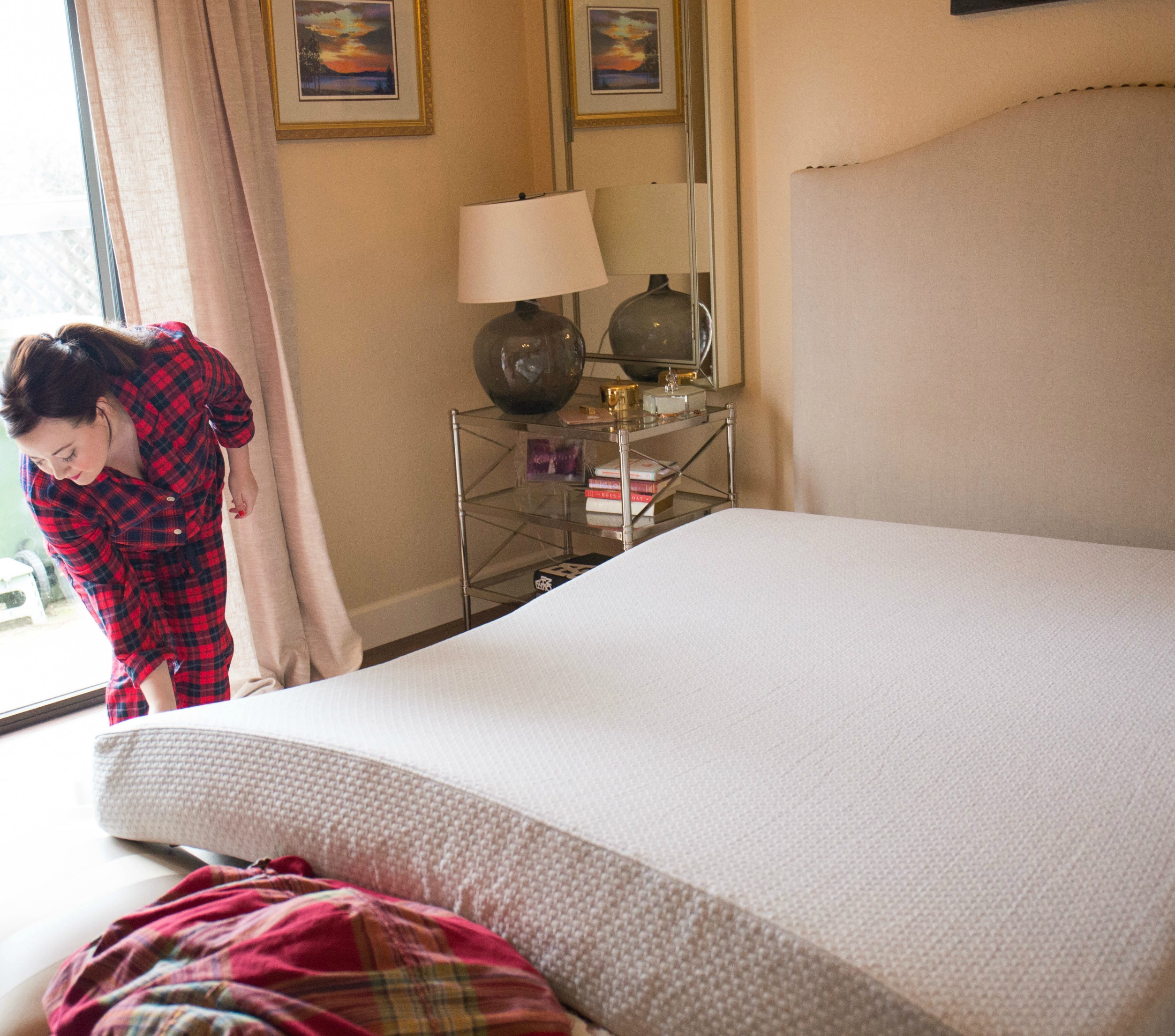IT Bed by Sleep Number - Sleep Number Mattress Review featured by popular California lifestyle blogger, Haute Beauty Guide.