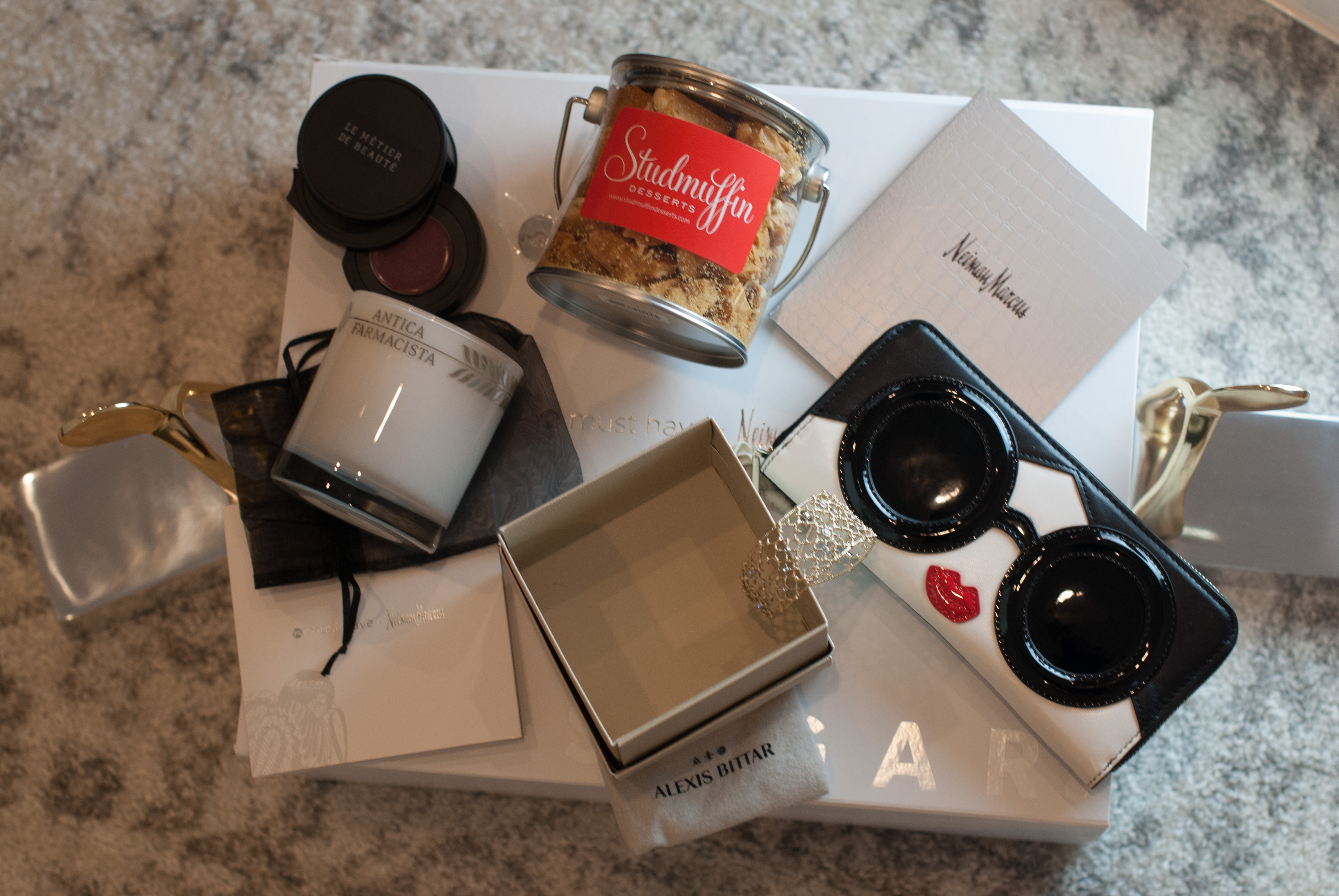 Neiman Marcus X Popsugar Must Have Box 2016