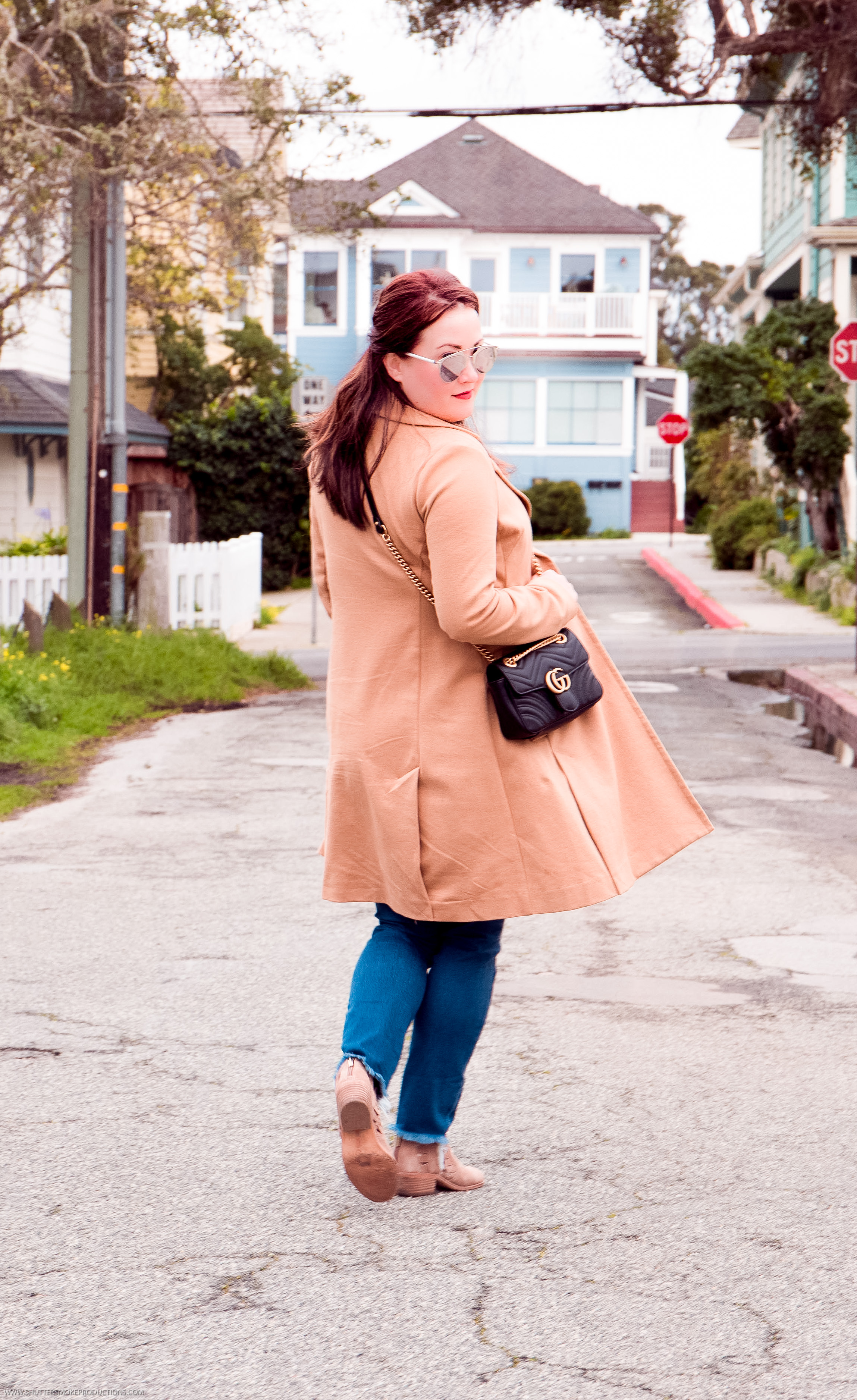 Camel trench + Gucci bag+patchwork jeans