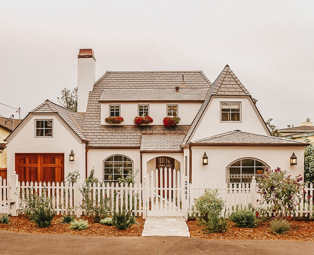 Carmel by the Sea with Vintage Property Management and Bonne Chance - Babymoon in Carmel-by-the-Sea by popular California blogger, Haute Beauty Guide