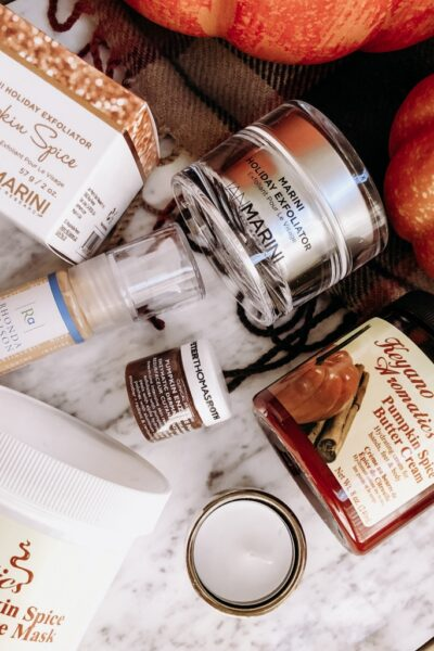 How To Do a Pumpkin Spice Facial at Home featured by top California beauty blog Haute Beauty Guide